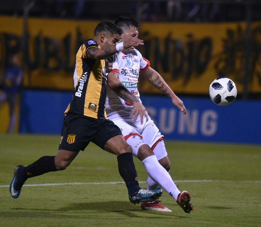 Hubo paridad entre Guaraní e Independiente. Foto: José Molinas/Última Hora