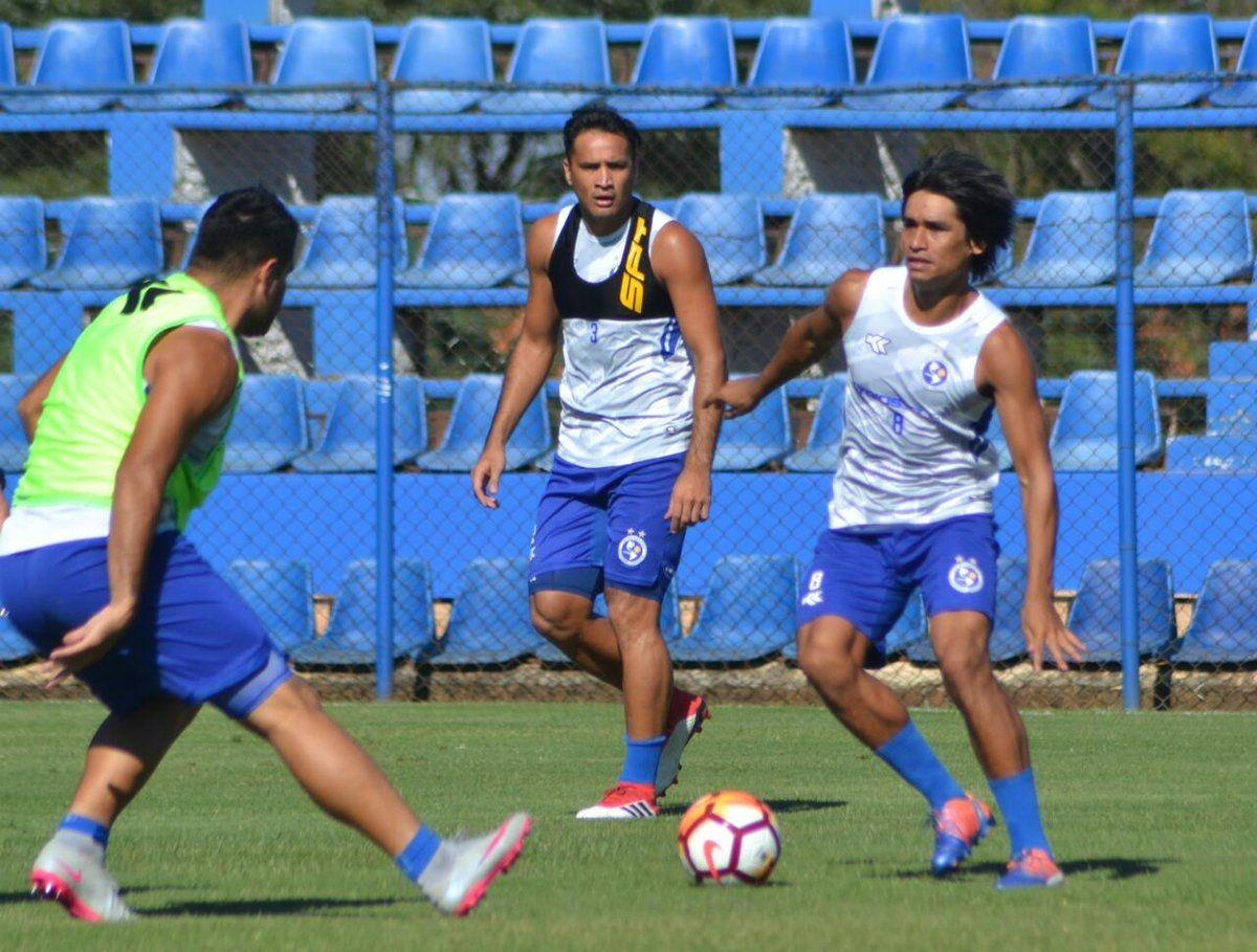 Sol se prepara para su debut en la Sudamericana.