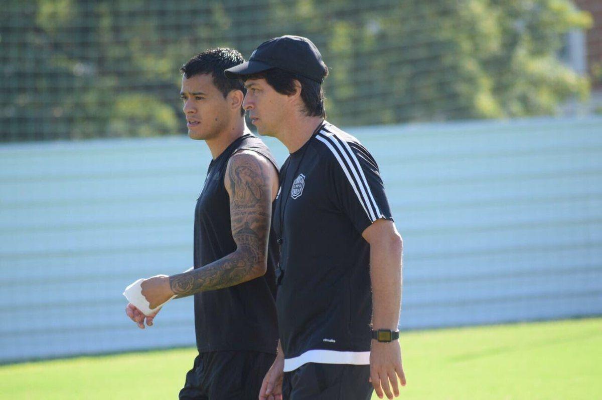 Garnero confía en la capacidad de su plantel. Foto: Prensa Club Olimpia
