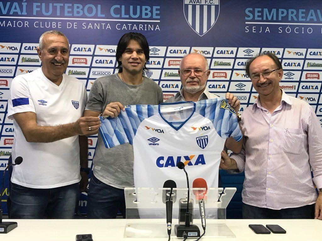 Nuevo reto. Beltrán fue presentado en el Avaí de Brasil. Foto: Gentileza