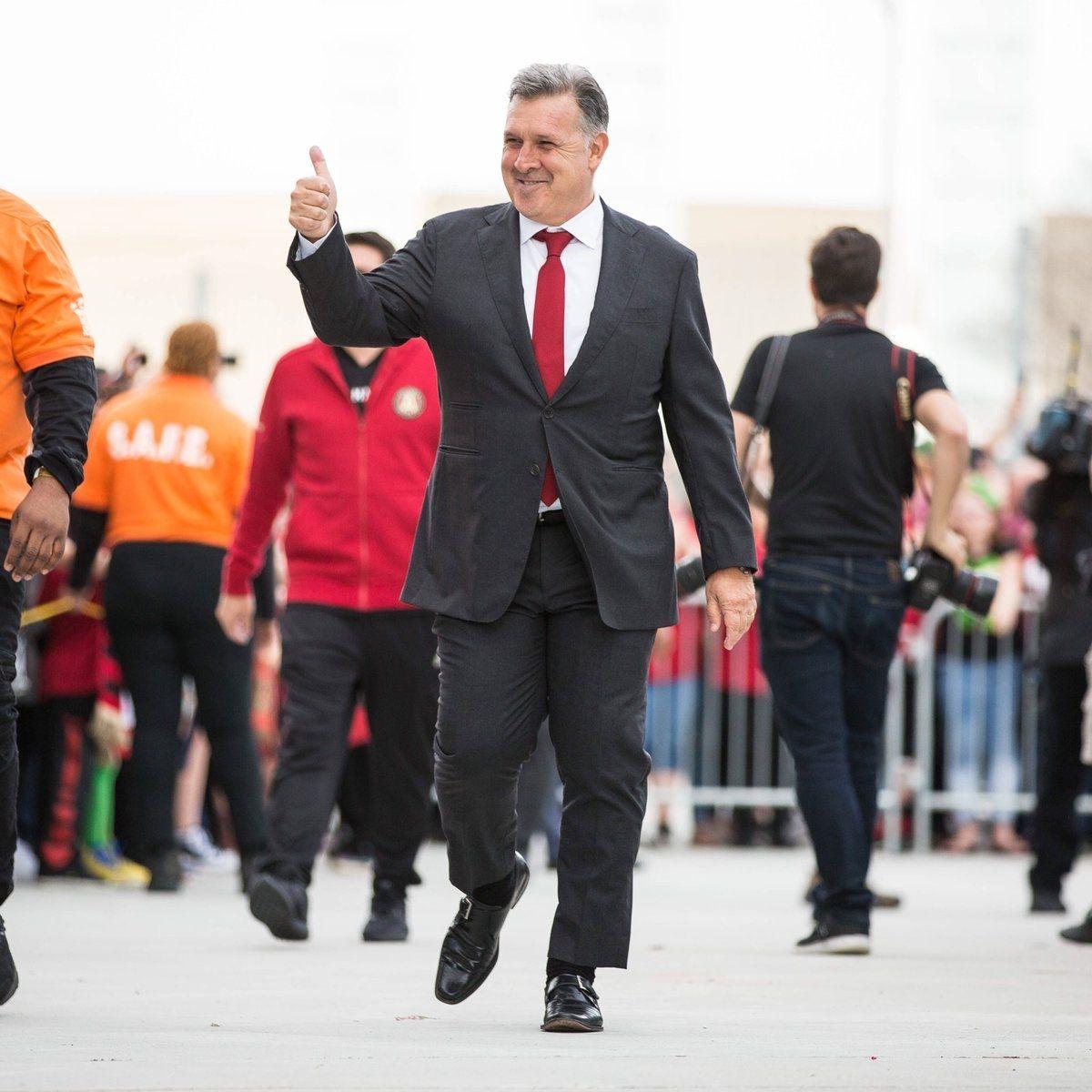 Gerardo Martino ingresando al estadio del Atlanta