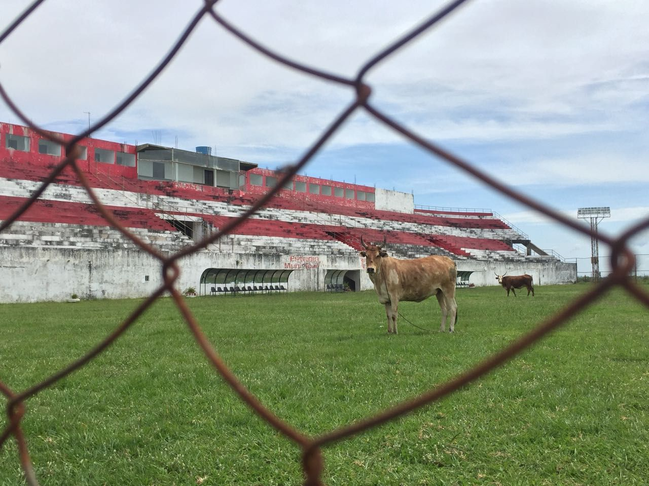 El estadio Municipal de Carapeguá. Foto: Mathias Melgarejo - Última Hora.