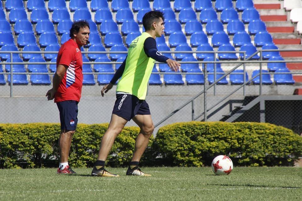 Ayala está interesado en un jugador de Cerro Porteño.