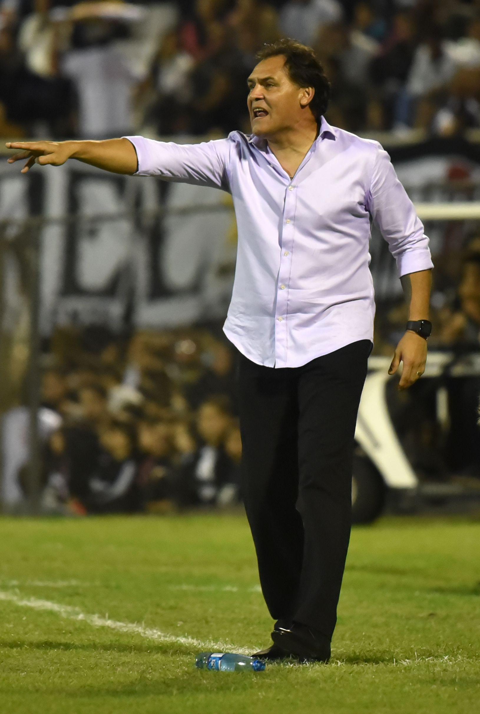 Se fue el Chito. Foto: Raúl Cañete