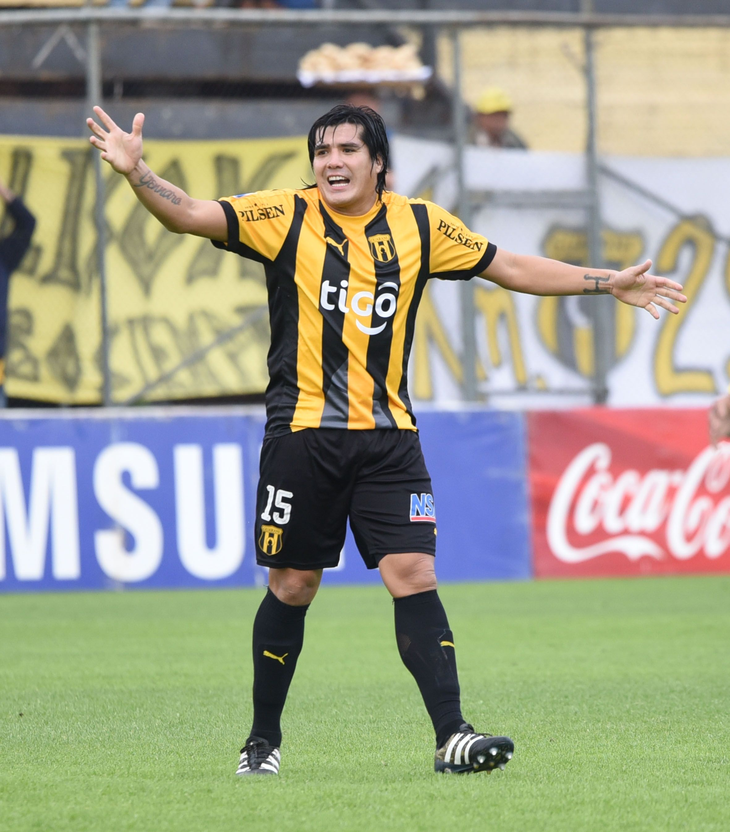 Fidencio Oviedo había perdido el puesto en el equipo aurinegro. Foto: Última Hora