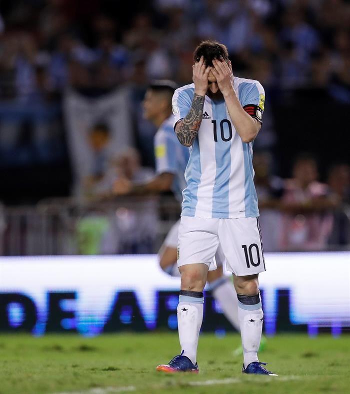 Tinelli opinó sobre la sanción para Messi. Foto: EFE