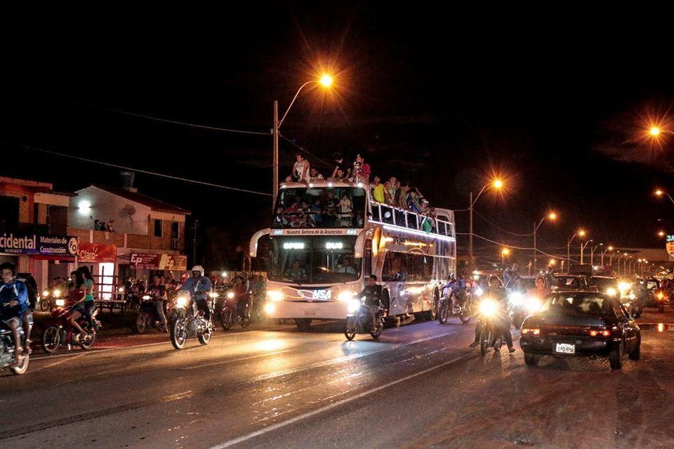 Caravana en Villa Hayes. Foto: Violeta Barrios