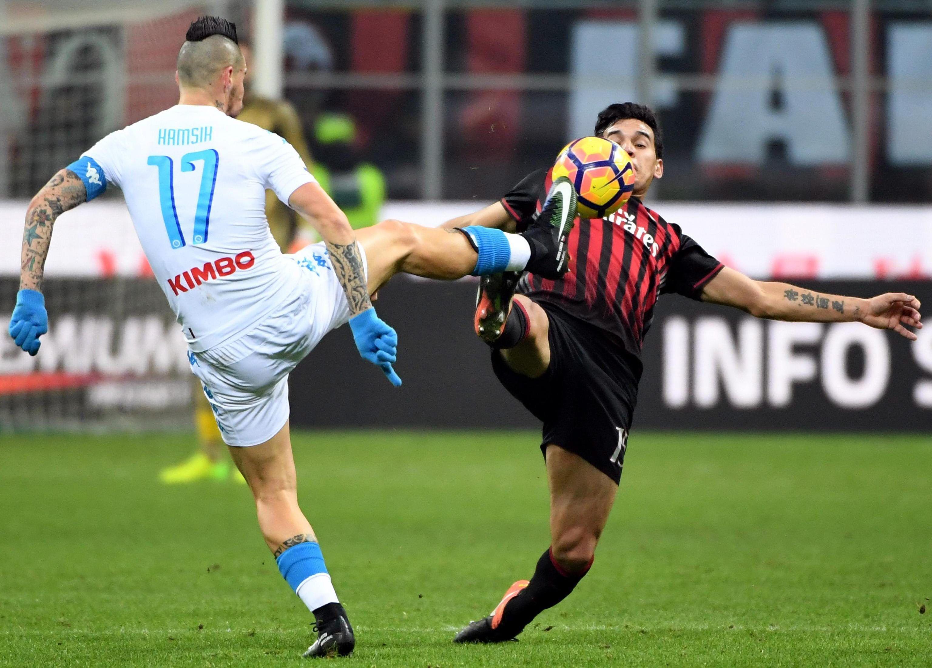 Napoli da muestra de poder y vence al Milan de Gómez | Fútbol ...