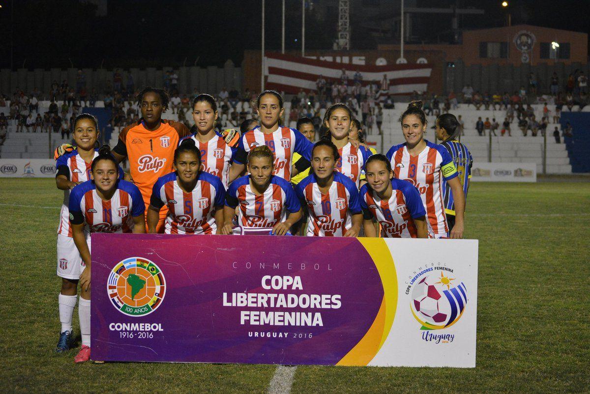 Limpeño conquista la Copa Libertadores de América. Foto: @AUFfemenino