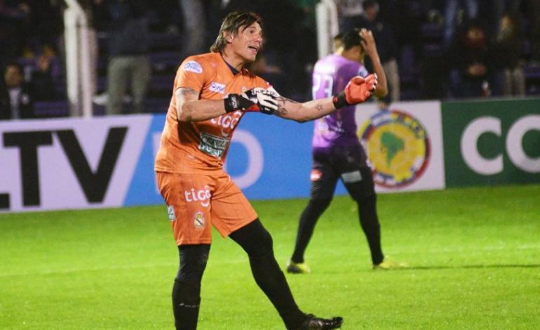 Henry Lapczyk entrena y ataja en Bolivia. Foto: Diez.bo
