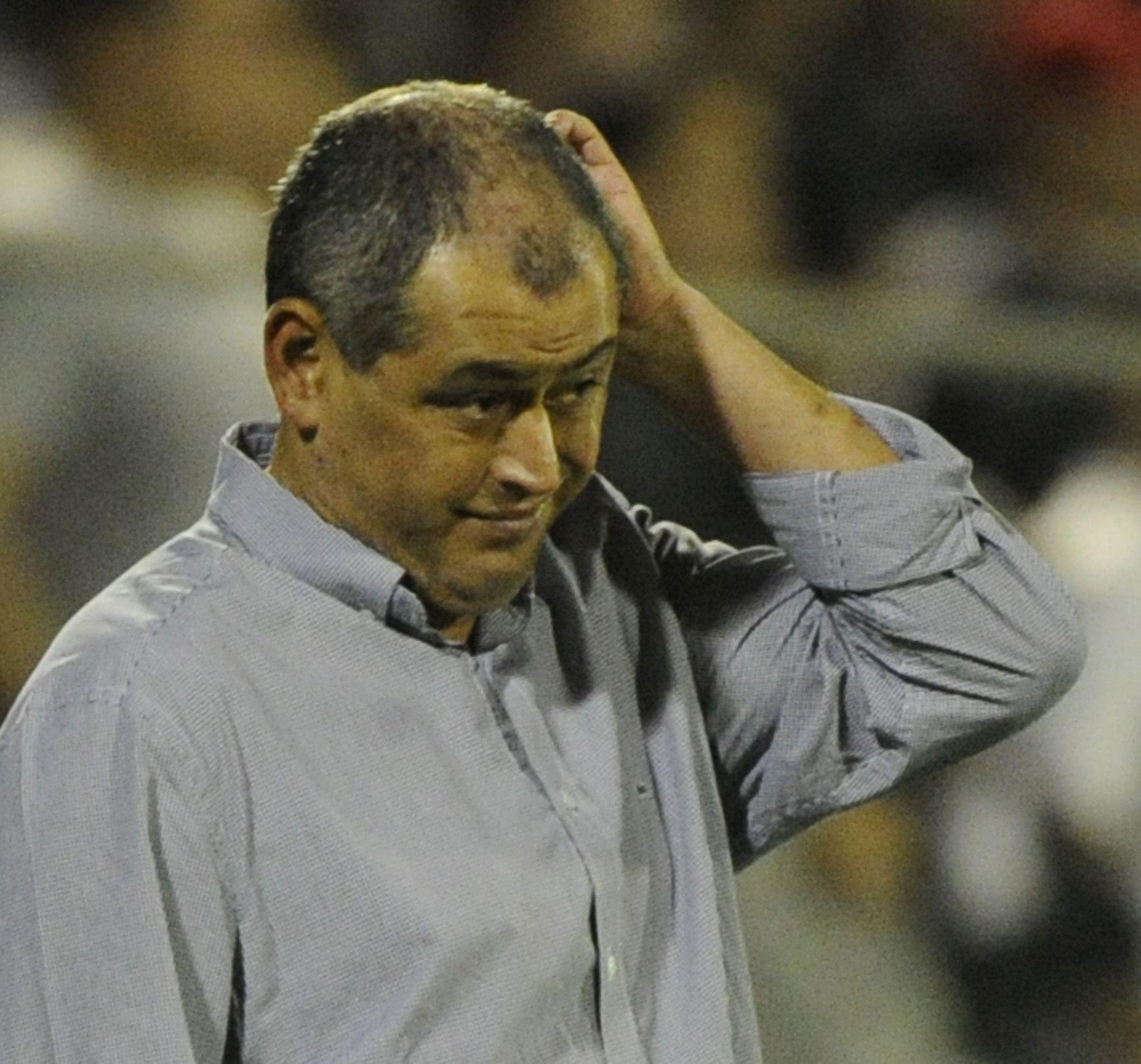 Chiqui Arce ya no es DT de Olimpia. Foto: Última Hora.