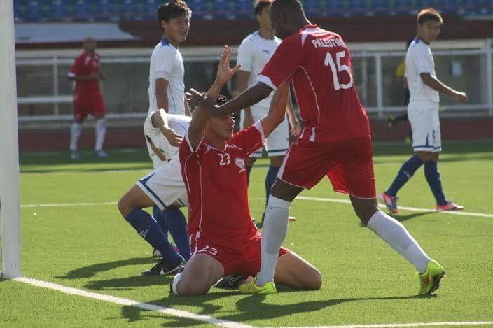 Agradecido. Cohene Mereles celebra su gol con manos al cielo. Foto: Última Hora.
