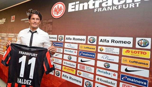 Nelson Haedo vestirá la casaca 11 en el Eintracht. Foto:eintracht.de