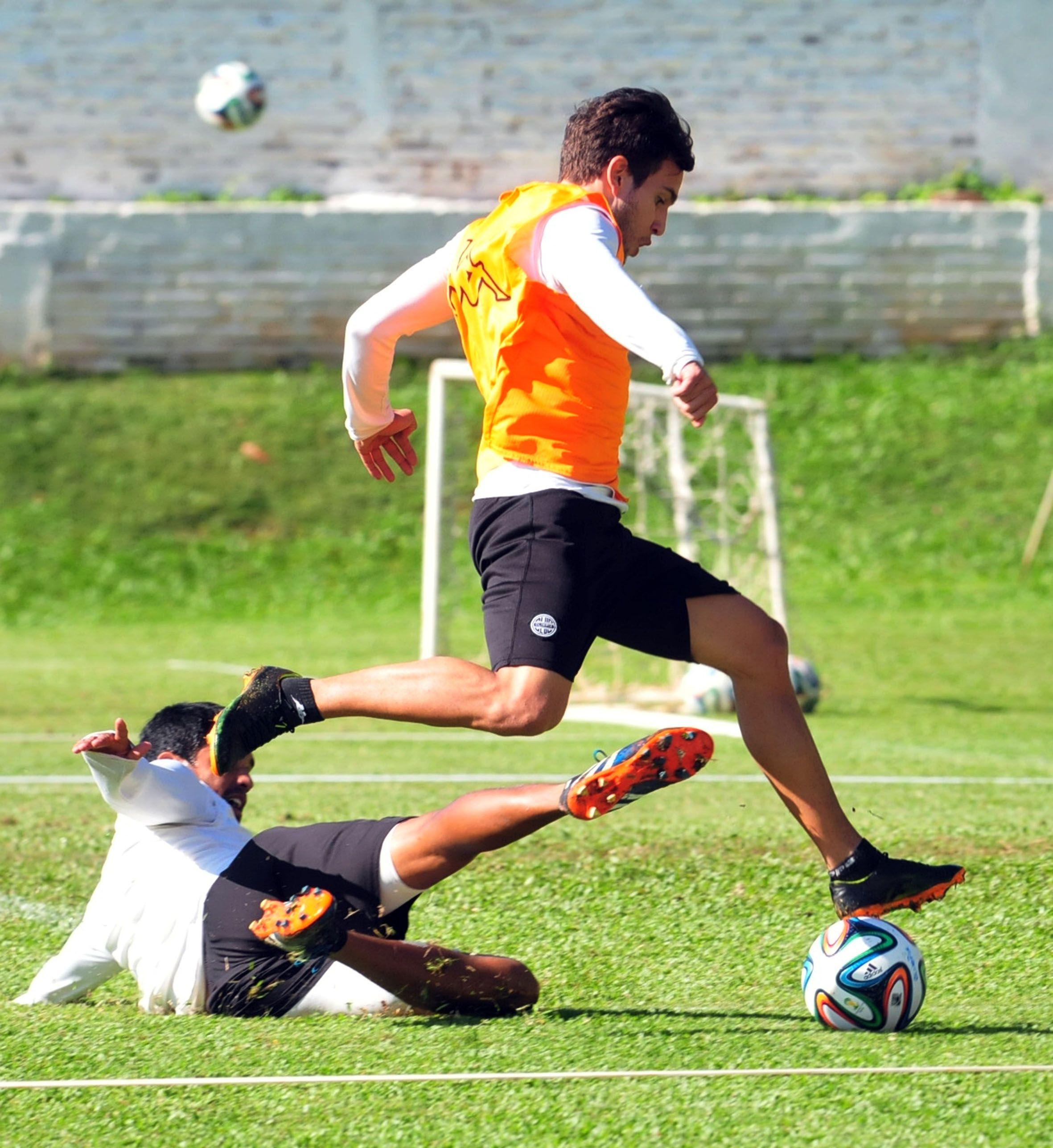 Jorge Báez y Enzo Prono se suman al Arsenal argentino