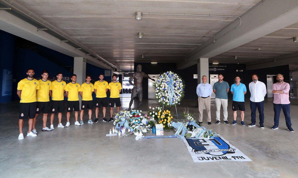 El Espanyol rindió homenaje a Dani Jarque. Foto: @RDCEspanyol