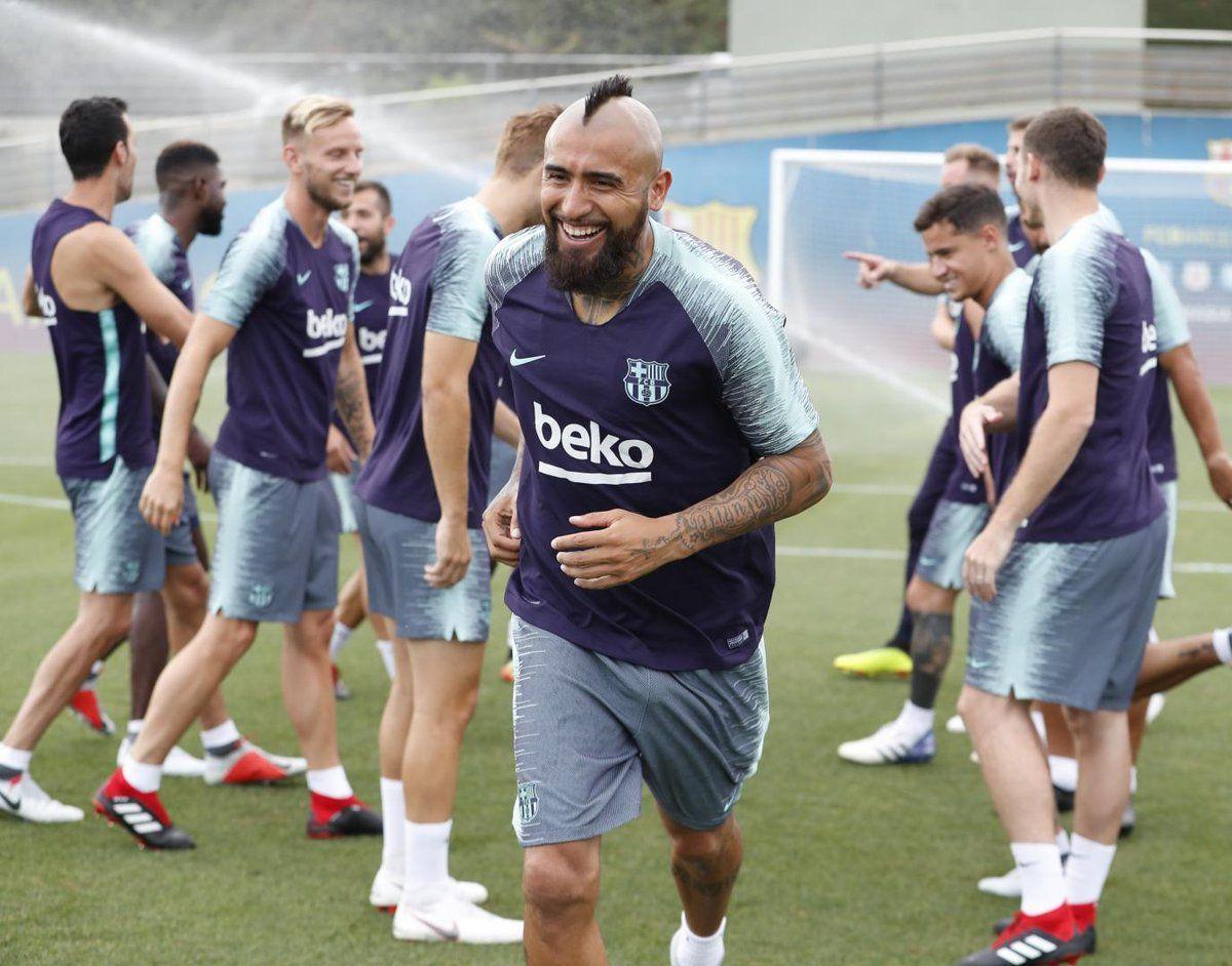 Arturo Vidal entrenó con el Barcelona. Foto: Prensa Club Barcelona