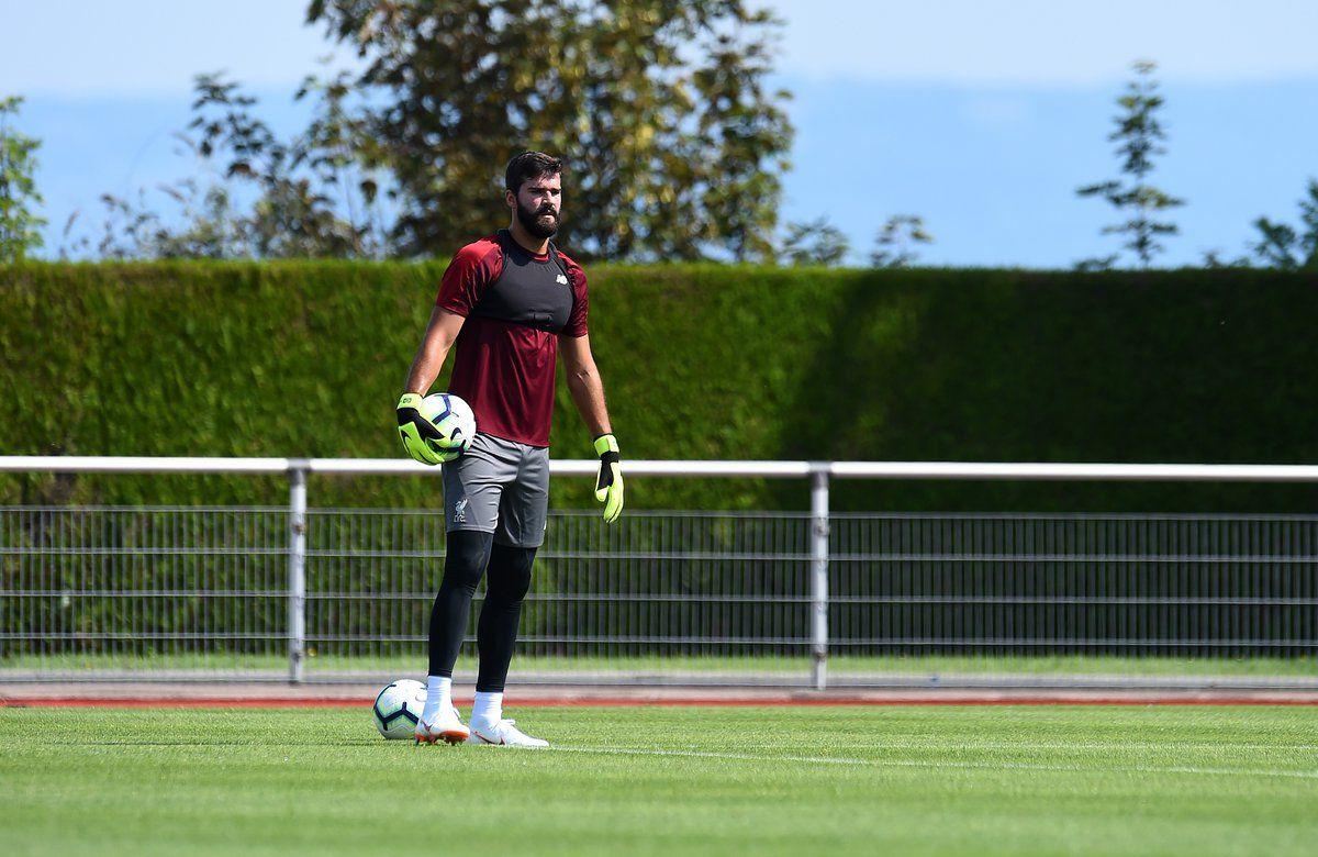 Alisson Becker llegó este semestre a Liverpool procedente de la Roma. Foto: @LFC - Twitter