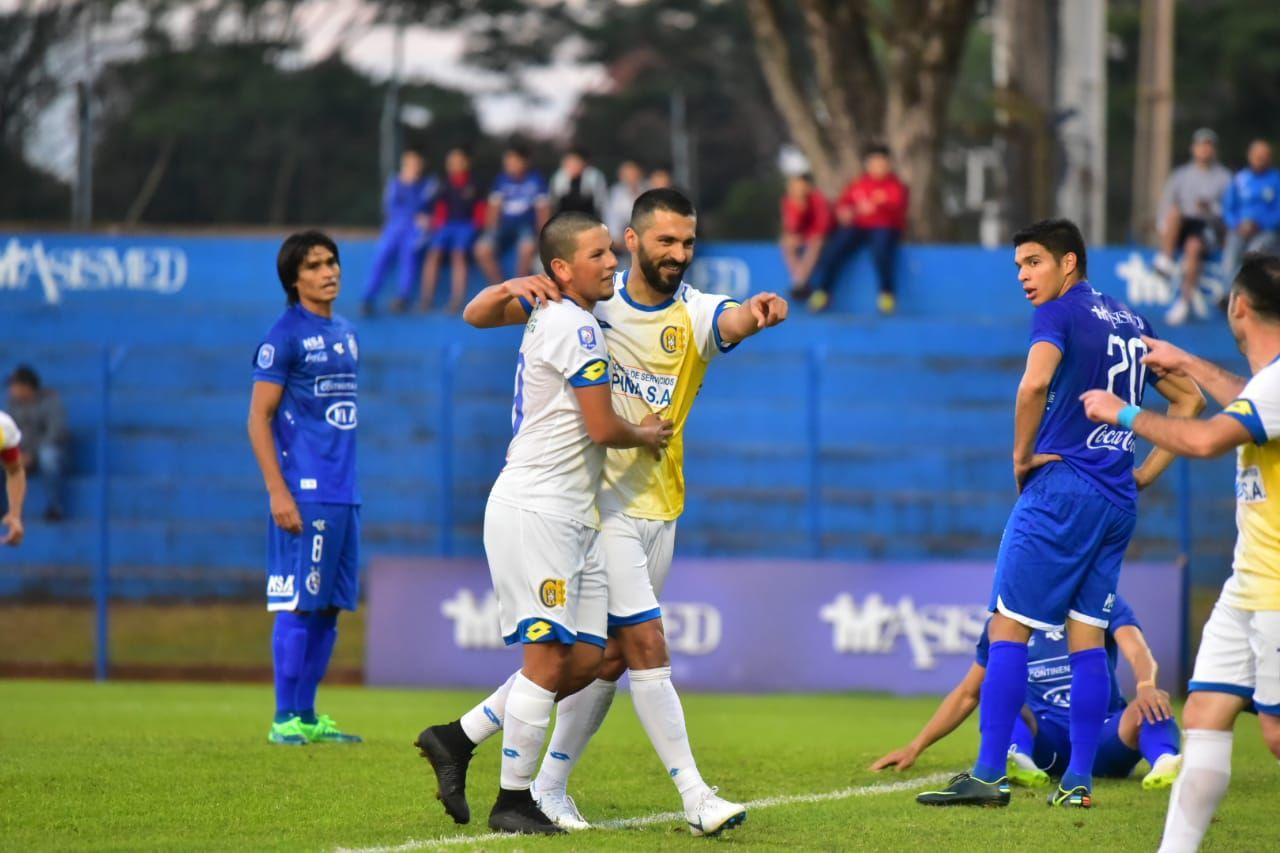 Santiago Salcedo viene de marca un gol. Foto: Fernando Calistro/Última Hora