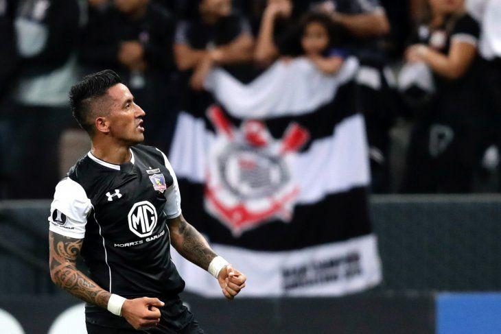 El cuadro chileno de Lucas Barrios se anotó en la siguiente ronda de la Copa.