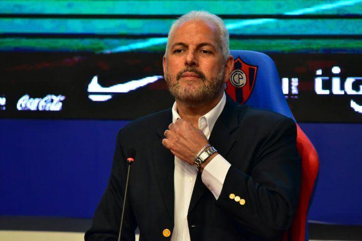 Juan José Zapag en conferencia de prensa.