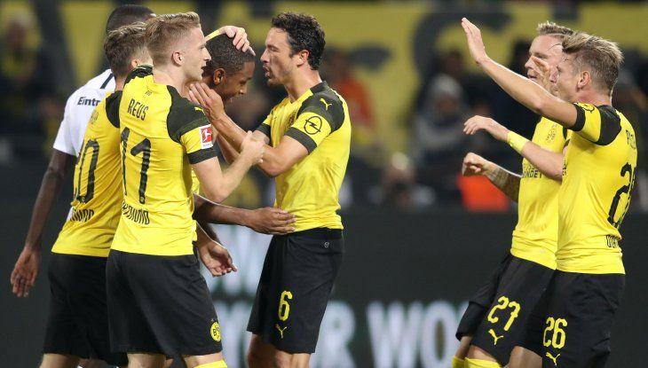 El Dortmund se impuso frente al Eintracht Fráncfort
