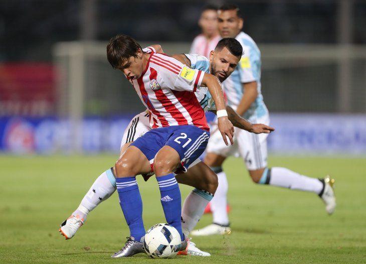 Osorio convocó a 27 albirrojos del exterior