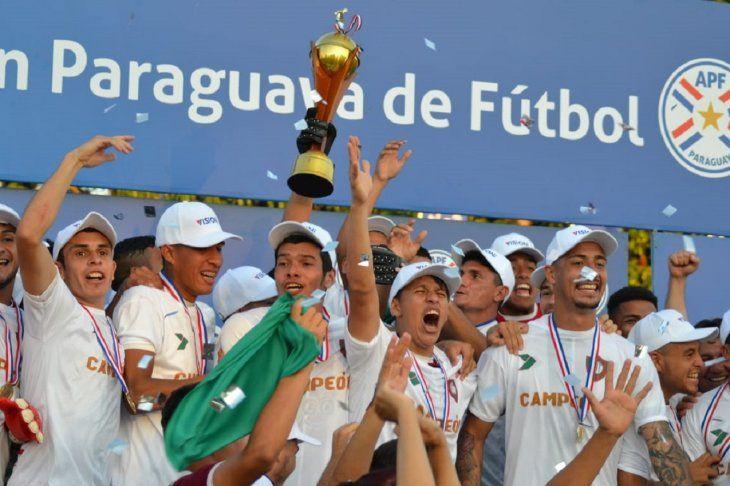 Tembetary logró empatar 2-2 ante Juventud y se consagró campeón.