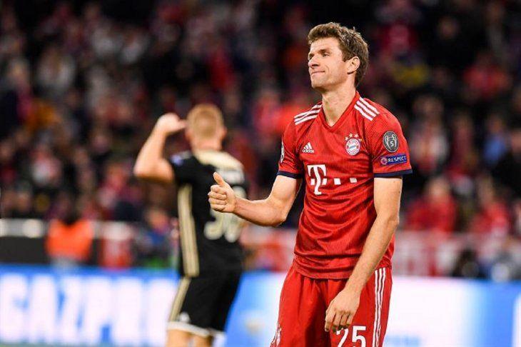 Thomas Mueller reacciona durante un partido contra el Ajax.