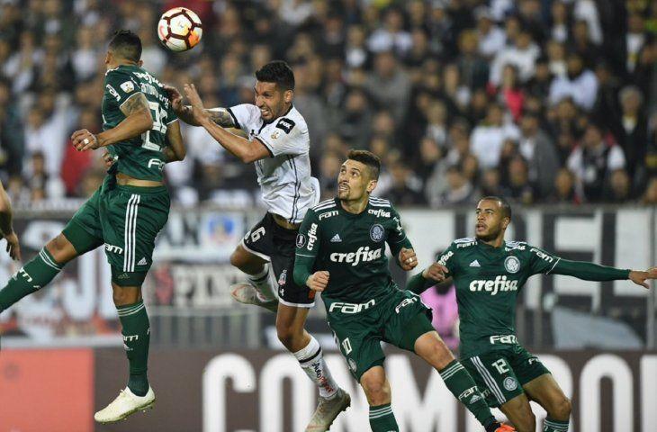 Palmeiras y Colo Colo chocan en Brasil.