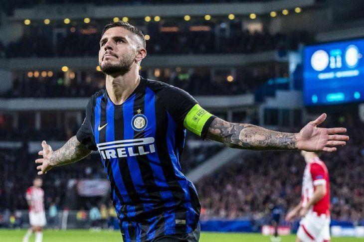 Icardi lidera remontada del Inter y deja tocado al PSV.