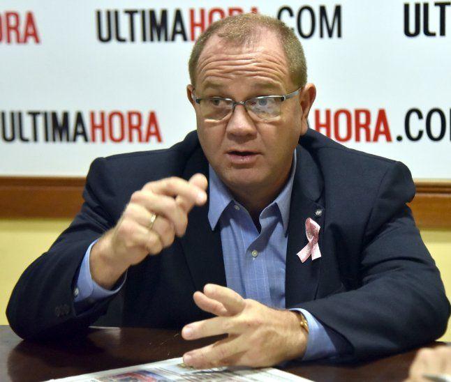 Representante nacional. Camilo Pérez López Moreira busca ocupar un cargo en el COI.