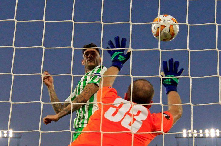 Antonio Sanabria marcó de cabeza.
