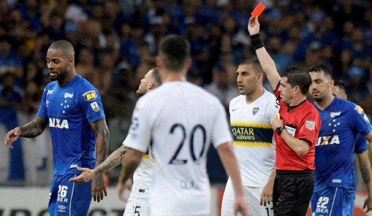 Dedé volvió a ser expulsado contra Boca Juniors.