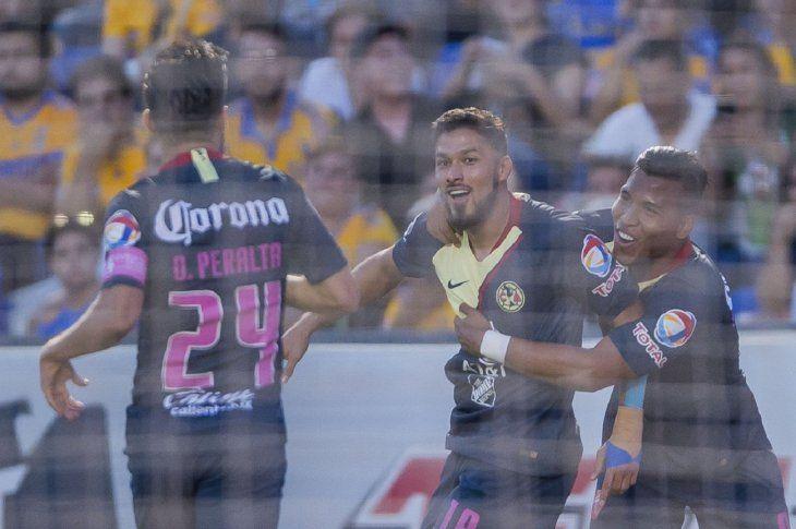 Bruno Valdez celebra por partida doble.