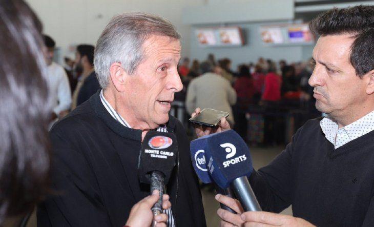 El Maestro habló con la prensa antes de viajar a Seúl.