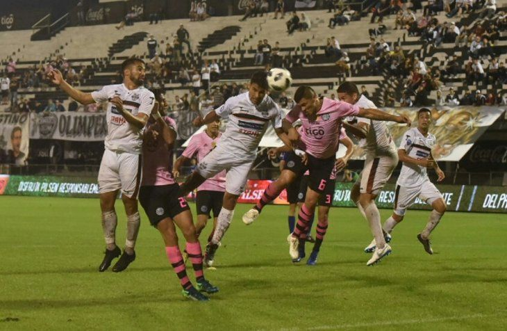 Vibrante final en el Manuel Ferreira.