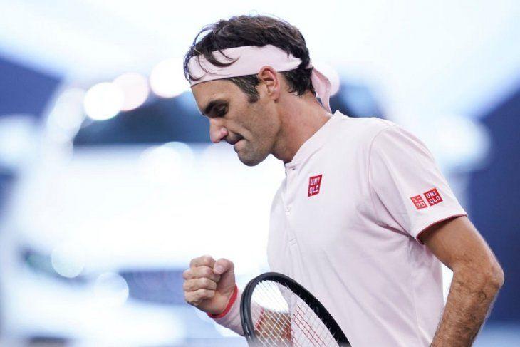 Federer y Bautista ganan en Shanghái y se enfrentarán en octavos.