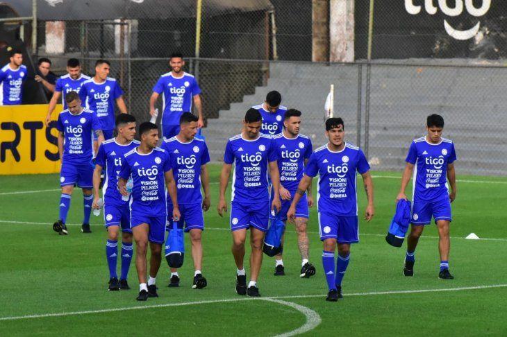 Entrenamiento de la Selección en el estadio de Olimpia.