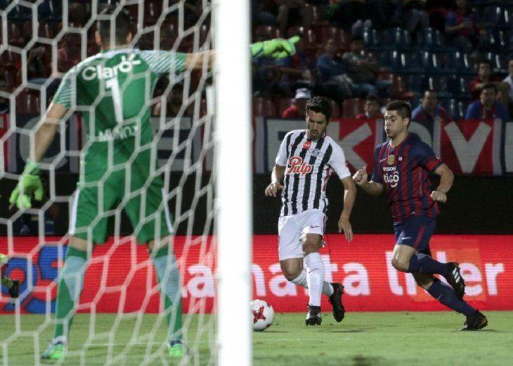 Óscar Velázquez dirigirá el duelo entre Cerro y Libertad.