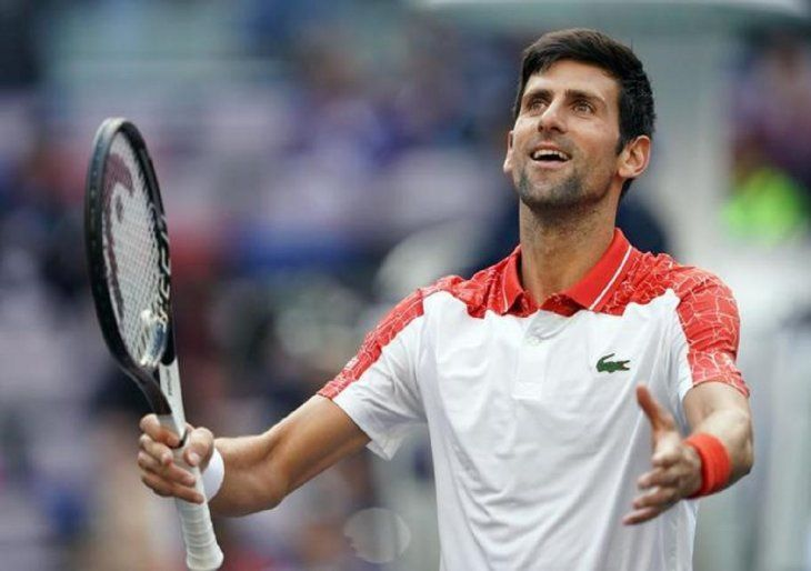 Novak Djokovic consiguió clasificarse para la semifinal del Masters 1000 de Shanghái.