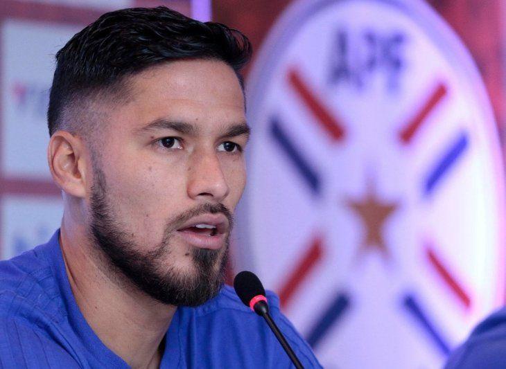 Bruno Valdez durante una conferencia de prensa.