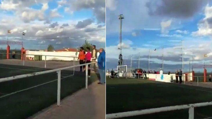 Golazo olímpico de un arquero en España.