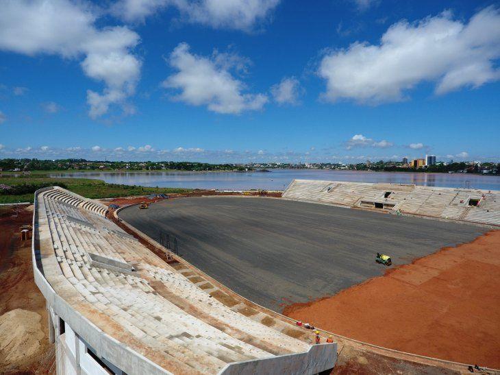 El estadio en Encarnación va tomando forma.