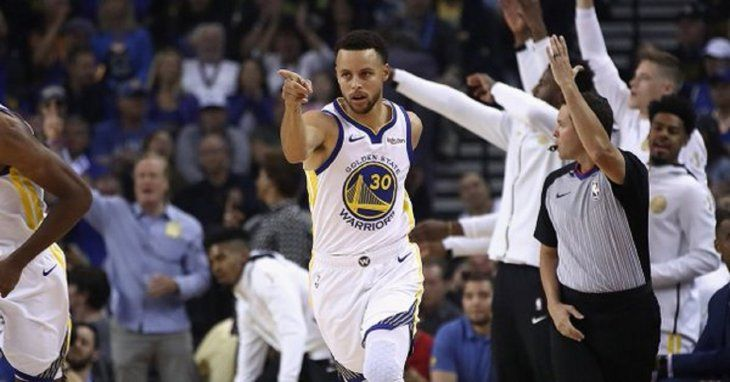 Warriors comienzan ganando en apertura de la nueva temporada.