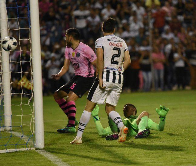 Santaní cayó por 5-0 ante Olimpia en Pedro Juan Caballero.