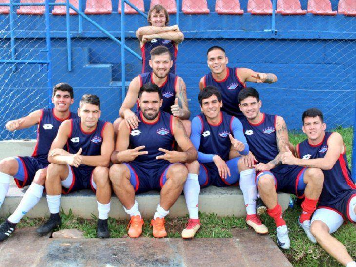 Jugadores de Independiente de Campo Grande.