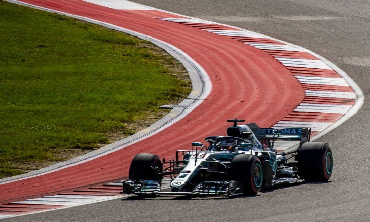 A Hamilton le basta un séptimo puesto en México para ser pentacampeón.