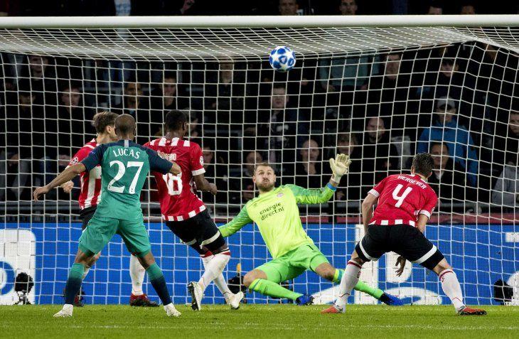 PSV y Tottenham consiguen un empate que no le sirve a ninguno.