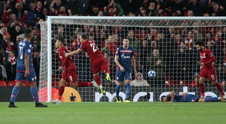 Liverpool goleó a Estrella Roja.