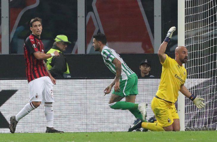 Sanabria abrió la cuenta ante el Milan.